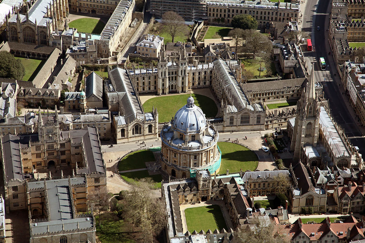 Discover London - Day Tours from London - Oxford