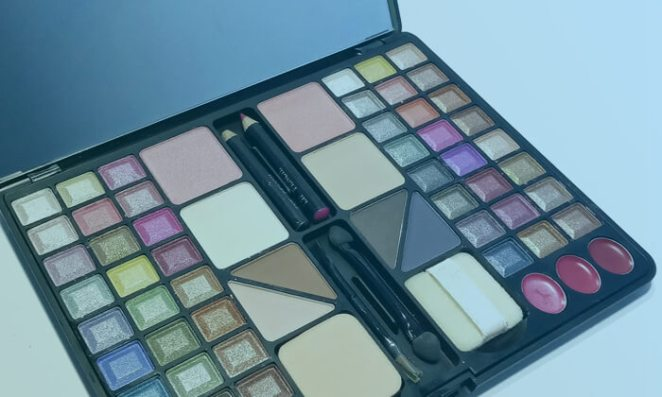 Makeup Sets and Makeup Palettes
