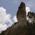 A scarred San Fernando Hill. Photographer: John Gioanetti