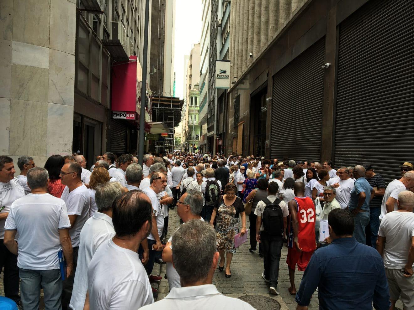 Manifestação de assistidos da Petros é retumbante demonstração de independência de sindicatos