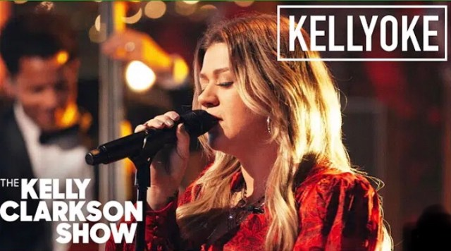 "Kelly Clarkson covers ""Have Yourself A Merry Little Christmas"""