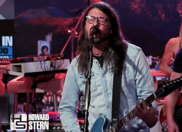 "Foo Fighters perform ""All My Life"" on Howard Stern Show"
