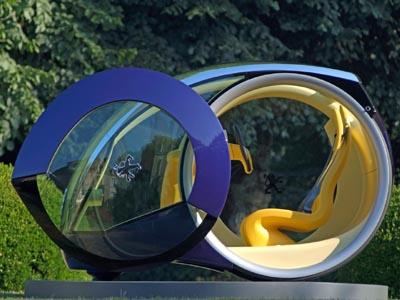 Portuguese designer, André Costa - 2005 Peugeot Moovie - urban commuter concept car