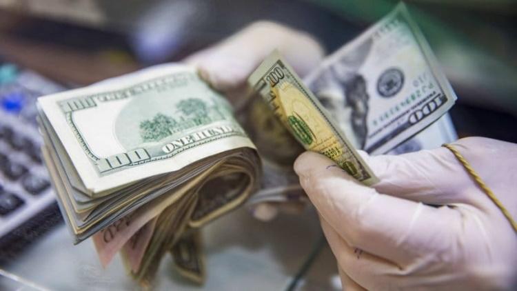 Dónde se puede cambiar dólares en Rosario, vender euros o comprar reales.