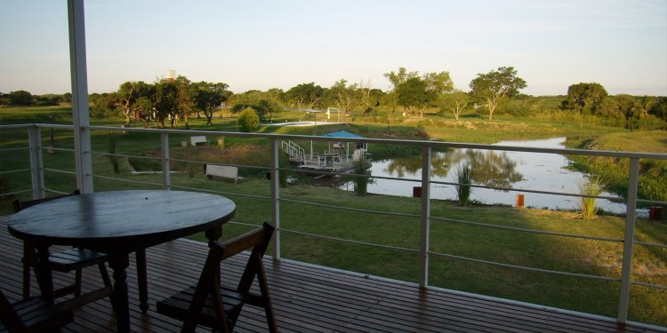Cabaña cerca del río para pescar