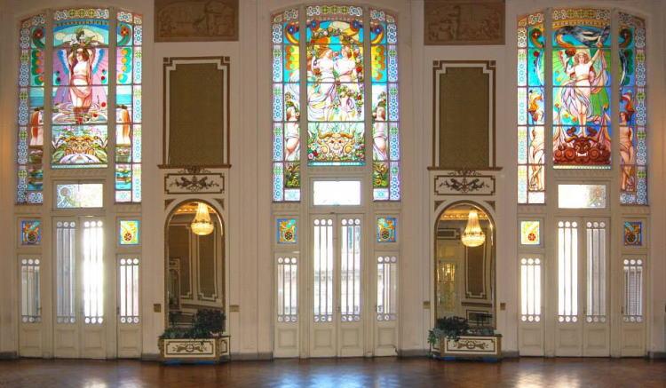 Club Español Rosario vitrales