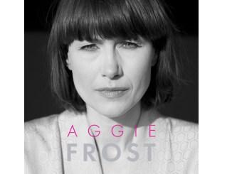 Sorthvitt bilde av Aggie Frost