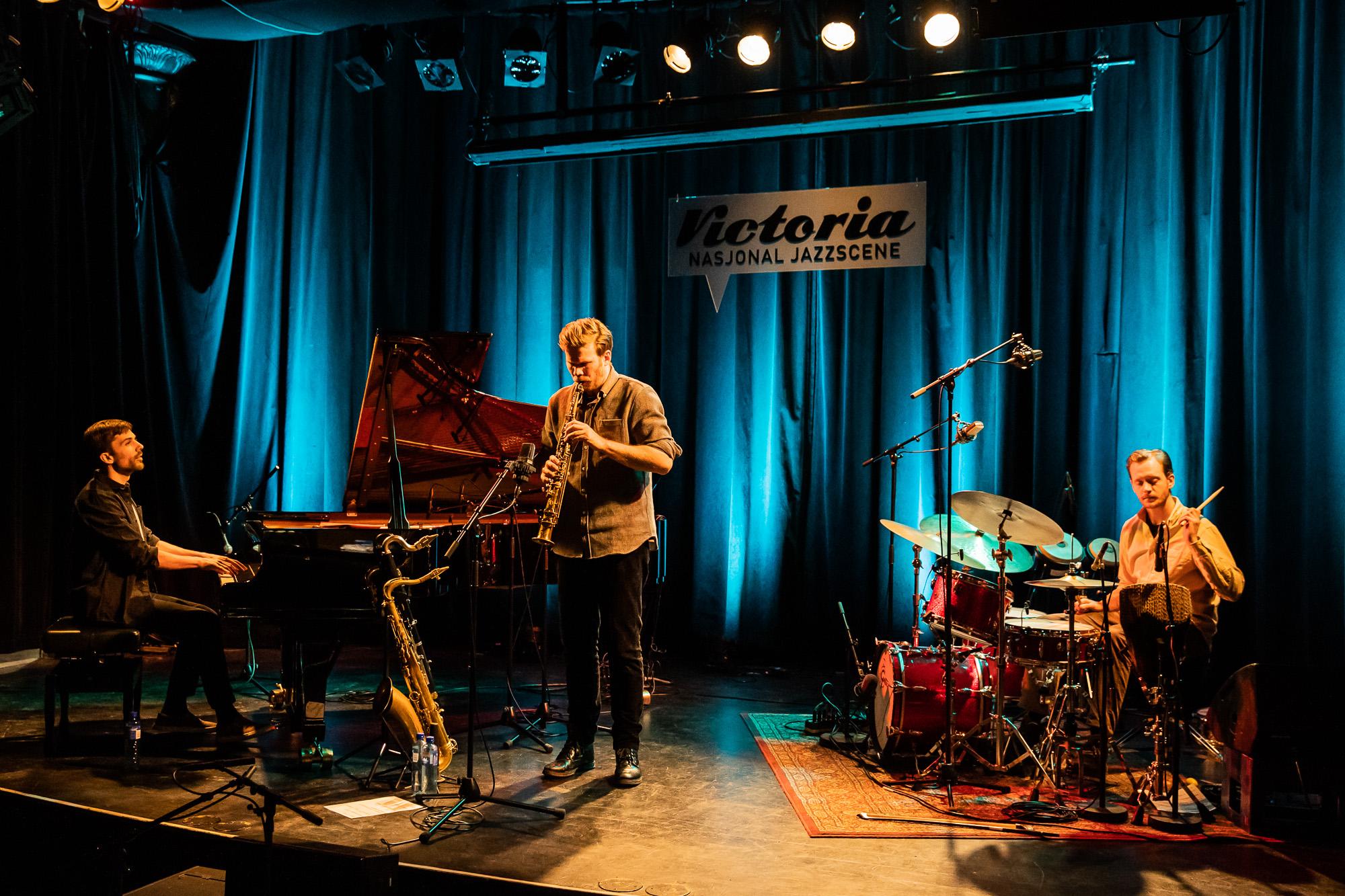 Jonas Cambien Trio @ Victoria