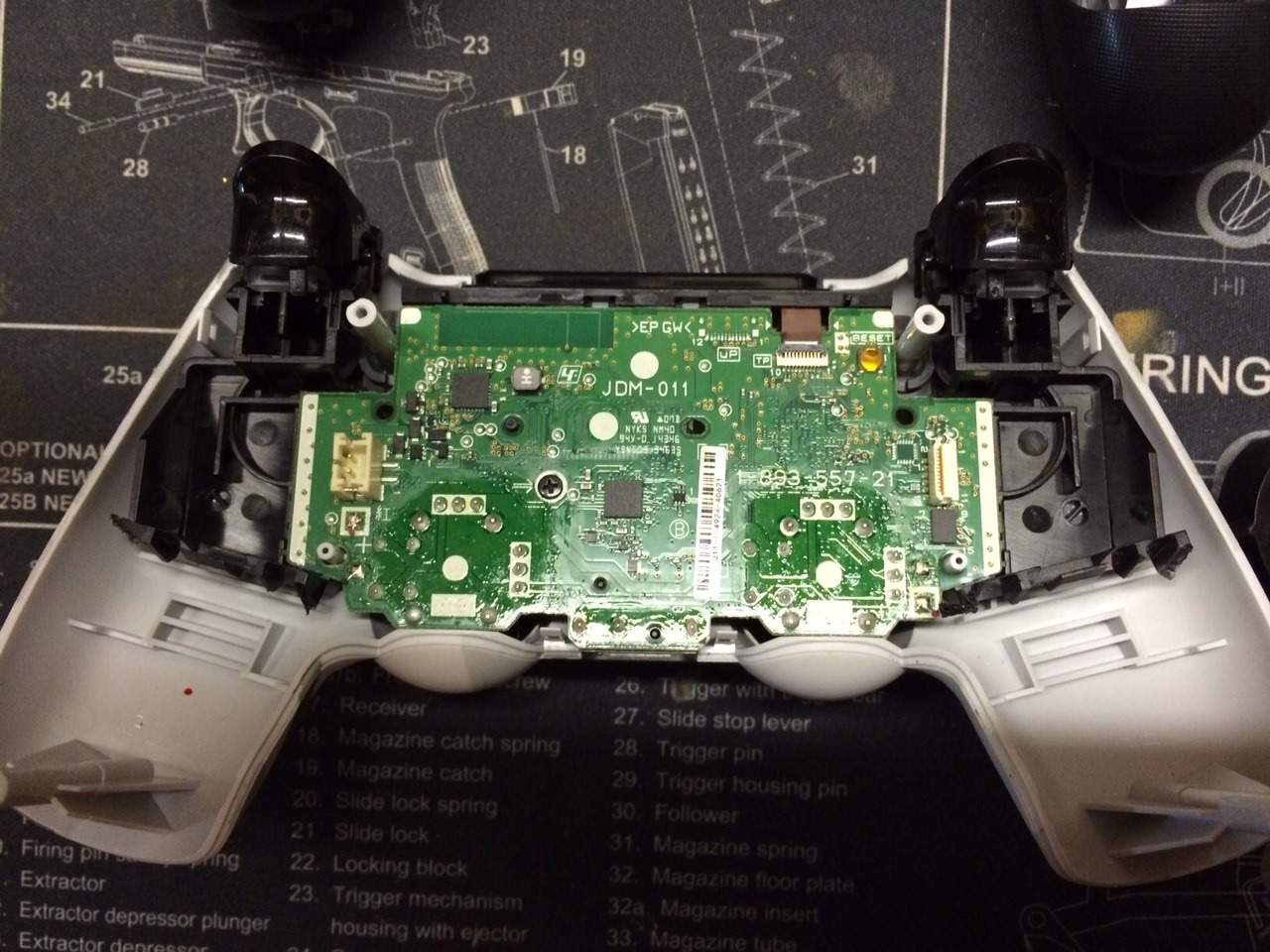 IMG_3736 diy ps4 scuf controller mod dishers com ps2 controller wiring diagram at edmiracle.co