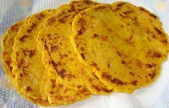 मक्की की रोटी - Makki Ki Roti Recipe - Makki Ki Roti
