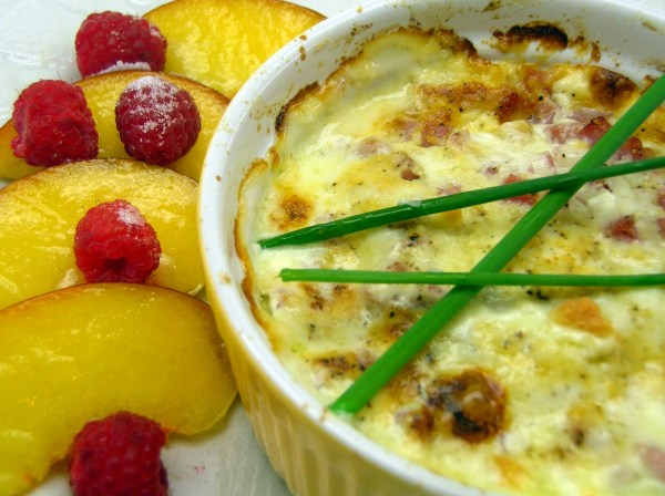 Shirred baked eggs