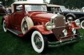 vecchia Tesla Car alimentata da le onde elettromagnetiche - senza batterie