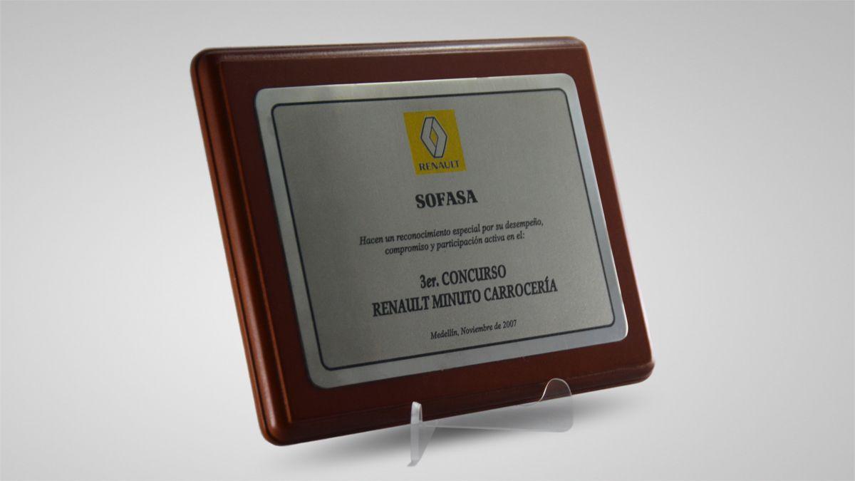 Placas Conmemorativas en Bogota Renault