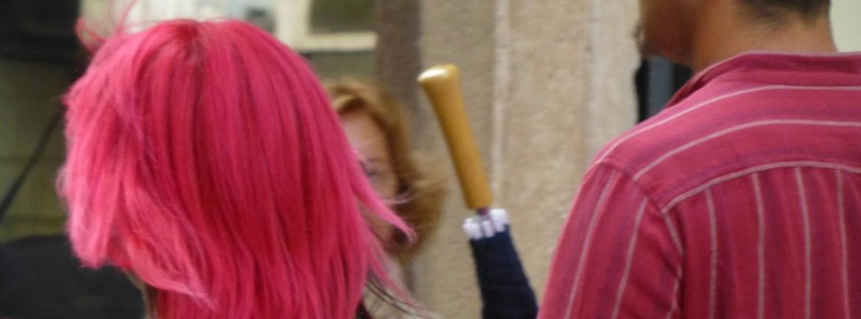 20120901 turista capelli rosa