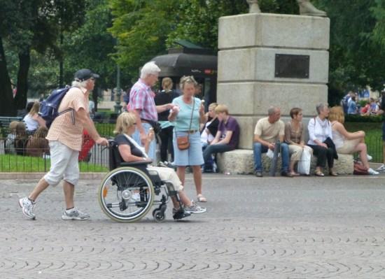verona turisti disabili sedia a rotelle