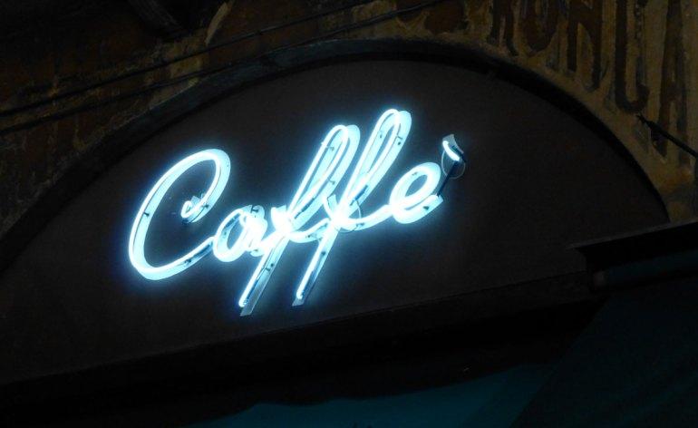 20120915-veronavintagecoffeeneonsigninsegnacaffe