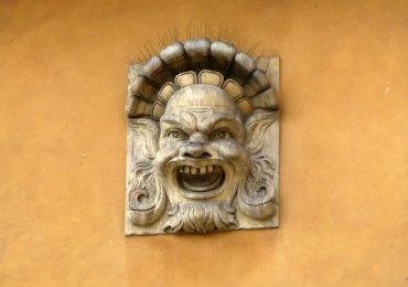 20121014-mascherateatropalazzopiazzabraverona