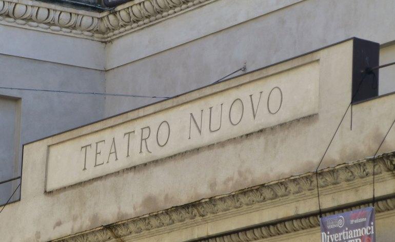 iscrizione teatro nuovo di verona