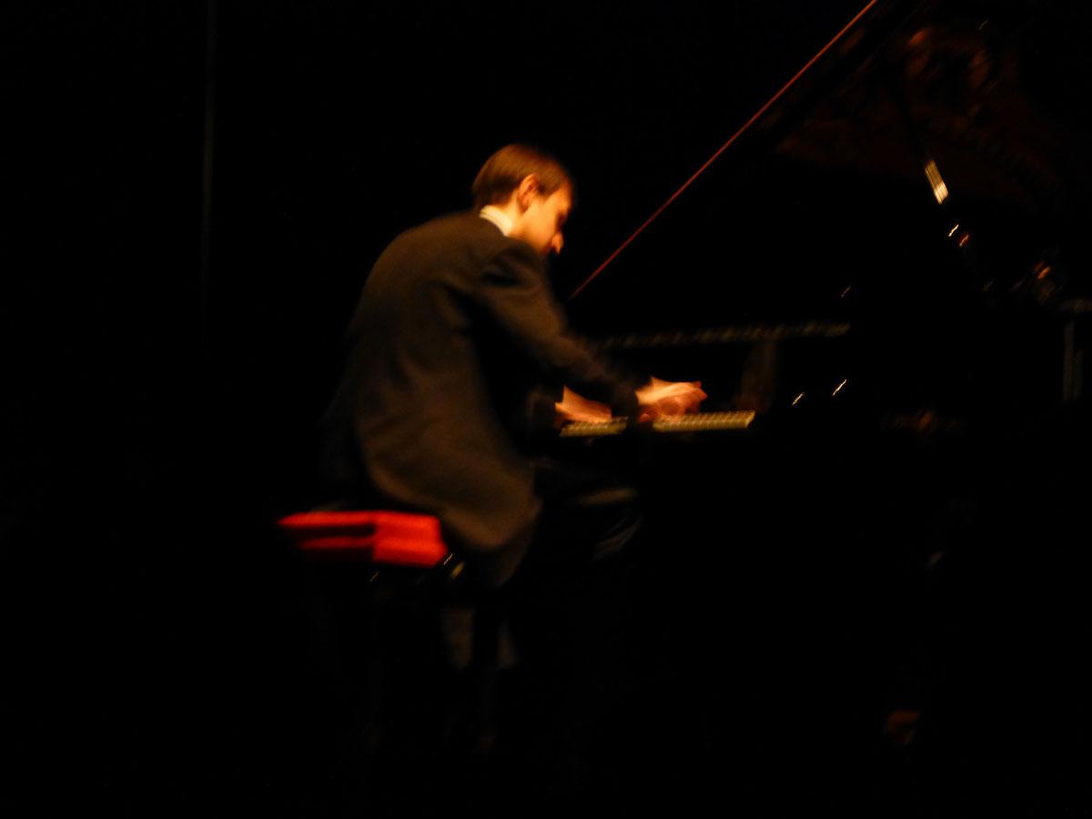 20121202-concorsopianisticocittadiverona01