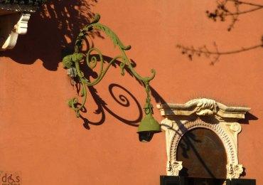 20121209-palazzoveronaombrelampione