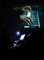 20121209-pianistadallabacopianodueconcertoverona