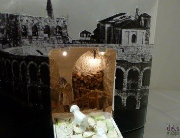 particolare presepe nella lavatrice - Mostra concorso dei presepi a Palazzo della Ragione Verona