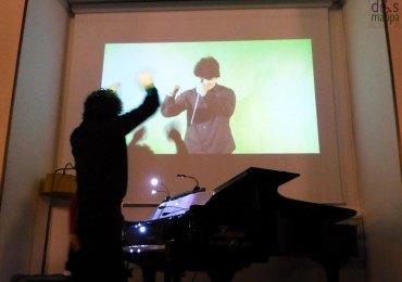 mestro andrea battistoni dirige dal video il dall'abaco duo al circolo ufficiali di verona