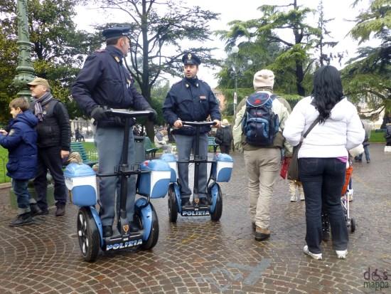 verona polizia di stato con segway
