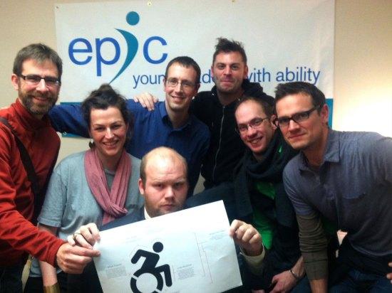 team-accessible-sign-simbolo-disabili-dinamico