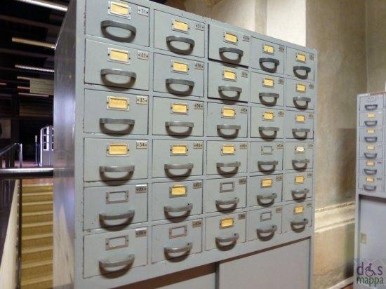 vecchi schedari della biblioteca civica di verona