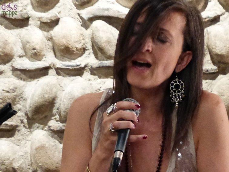 Concerto Tempo Rei (Daria Toffali voce, Enrico Breanza chitarra) al Victoria Palace Club di Verona
