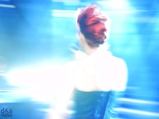 la cantante noemi in una foto dalla televisione