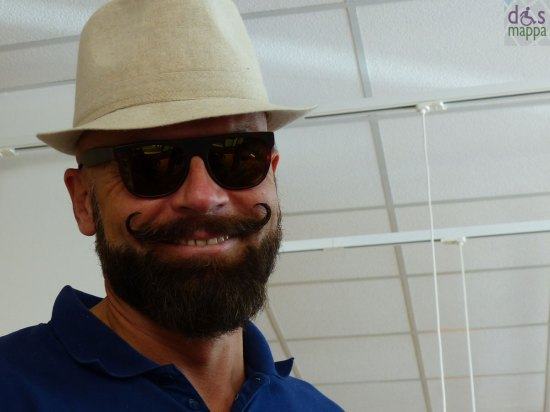 20130914-uomo-baffi-verona