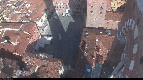 20131024-webcam-ombra-torre-lamberti-verona