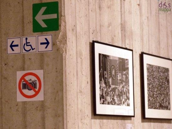 logo disabili e divieto di fotografare alla mostra di gianni berengo gardin a verona