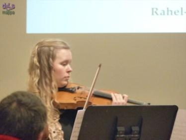 Rahel-Liis Aasrand (violino)
