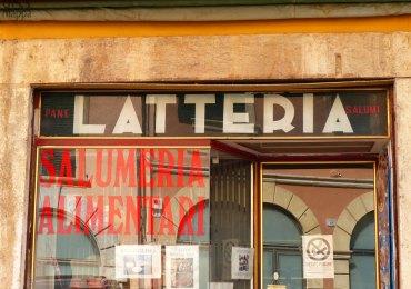 Insegna latteria ponte pietra verona lettering verona vintage