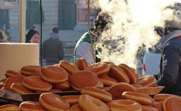 20131215-bomboloni-donuts-piazza-bra-verona