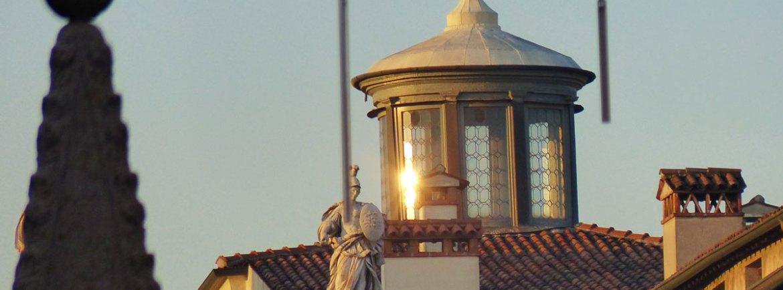 20131216-riflesso-sole-piazza-erbe-verona