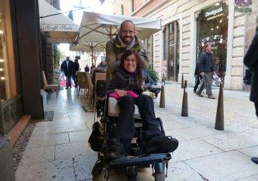 20131231 Joz ragazza svizzera disabile carrozzina Verona