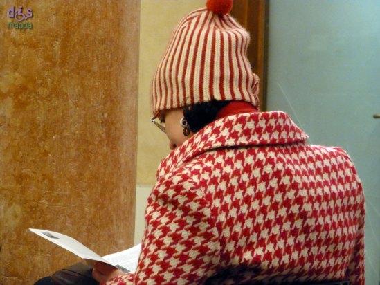 20130121 lettura cappotto bianco rosso Verona
