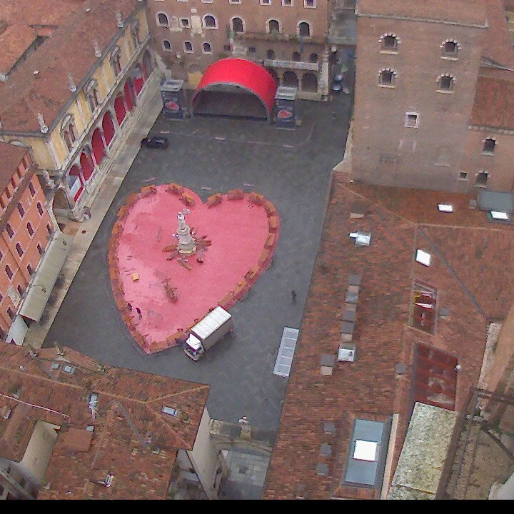 20140211 cuore piazza dante verona in love webcam