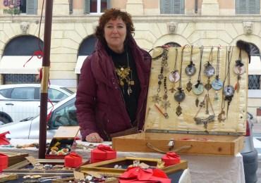 20140216_mercatino_artigianale_amorcreando_piazza_arditi_verona53
