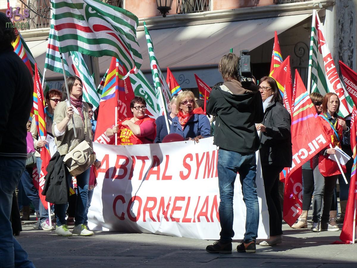 20140416 Manifestazione lavoratici Abital Corneliani Verona 768