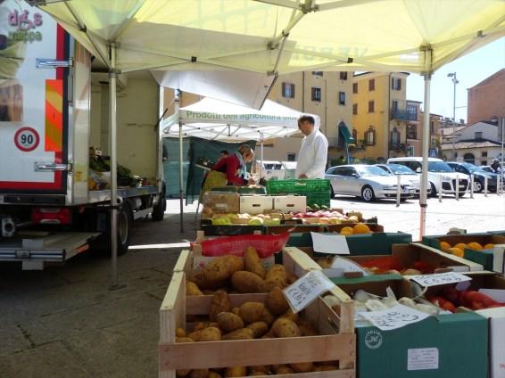 20140417 Mercato biologico Piazza Isolo Verona 04