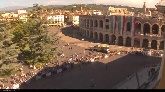 20140914 Cerimonia alpini triveneto webcam Piazza Bra Verona