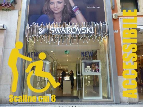 39-Swarovski-via-Mazzini-Verona-Accessibilita-disabili
