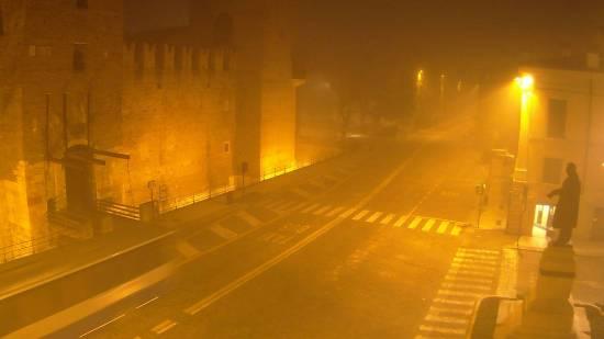 20141227 Castelvecchio nebbia Verona webcam