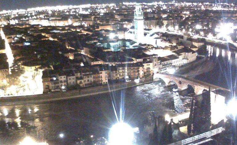 20141229 webcam Verona panoramica notturna
