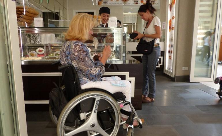 Gelateria Impero - Verona accessibile - Disabile carrozzina